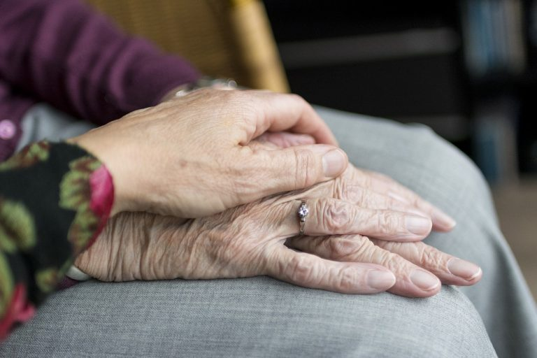 Empatía y Escucha activa como base de la relación de apoyo